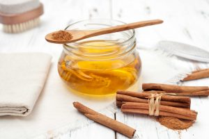 honey cinnamon face mask